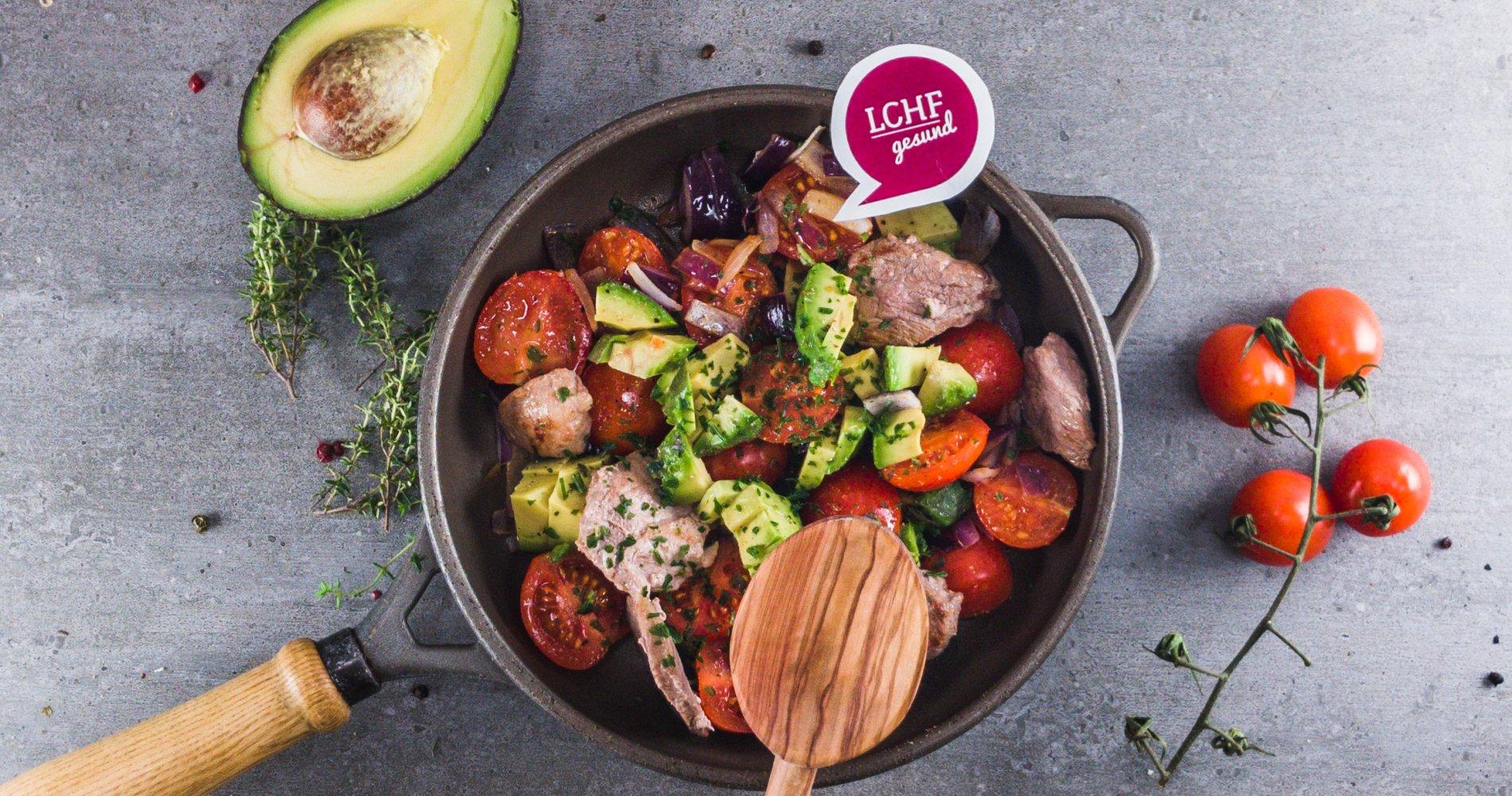 Rezept Low Carb: Avocadopfanne mit Schweinefilet - LCHF-gesund.de