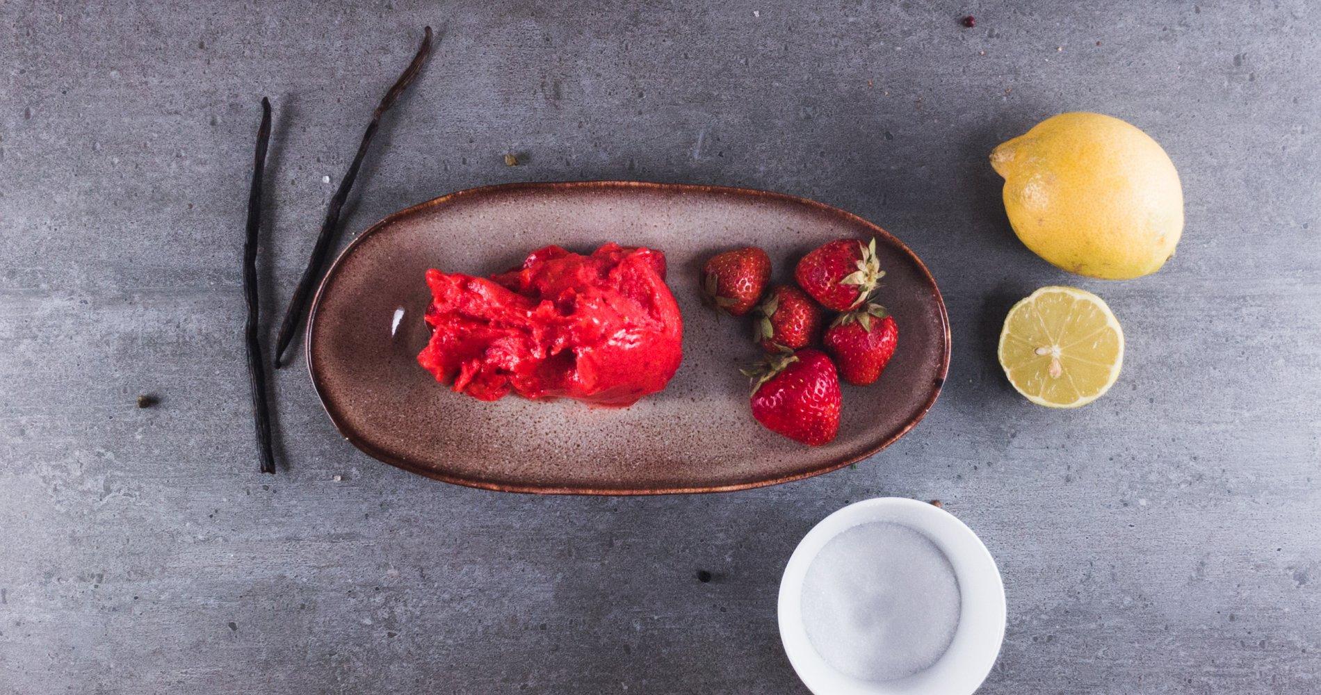 Rezept Low Carb: Erdbeersorbet mit Zitrone - LCHF-gesund.de
