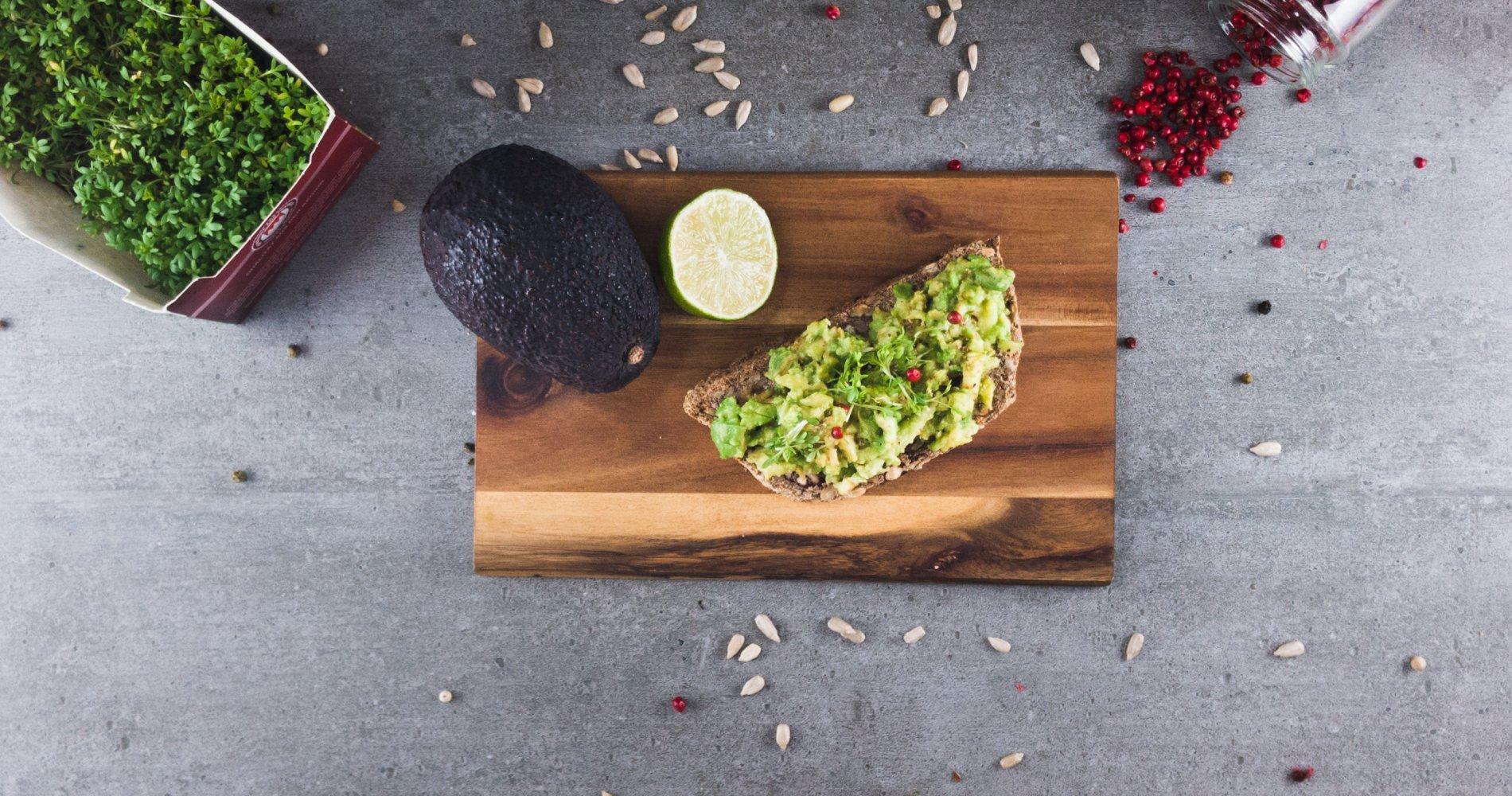 Rezept Low Carb: Scharfes Avocadobrot - LCHF-gesund.de