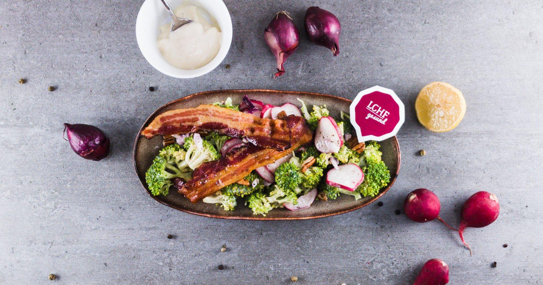 Rezept Low Carb: Brokkoli-Radieschen-Salat - LCHF-gesund.de