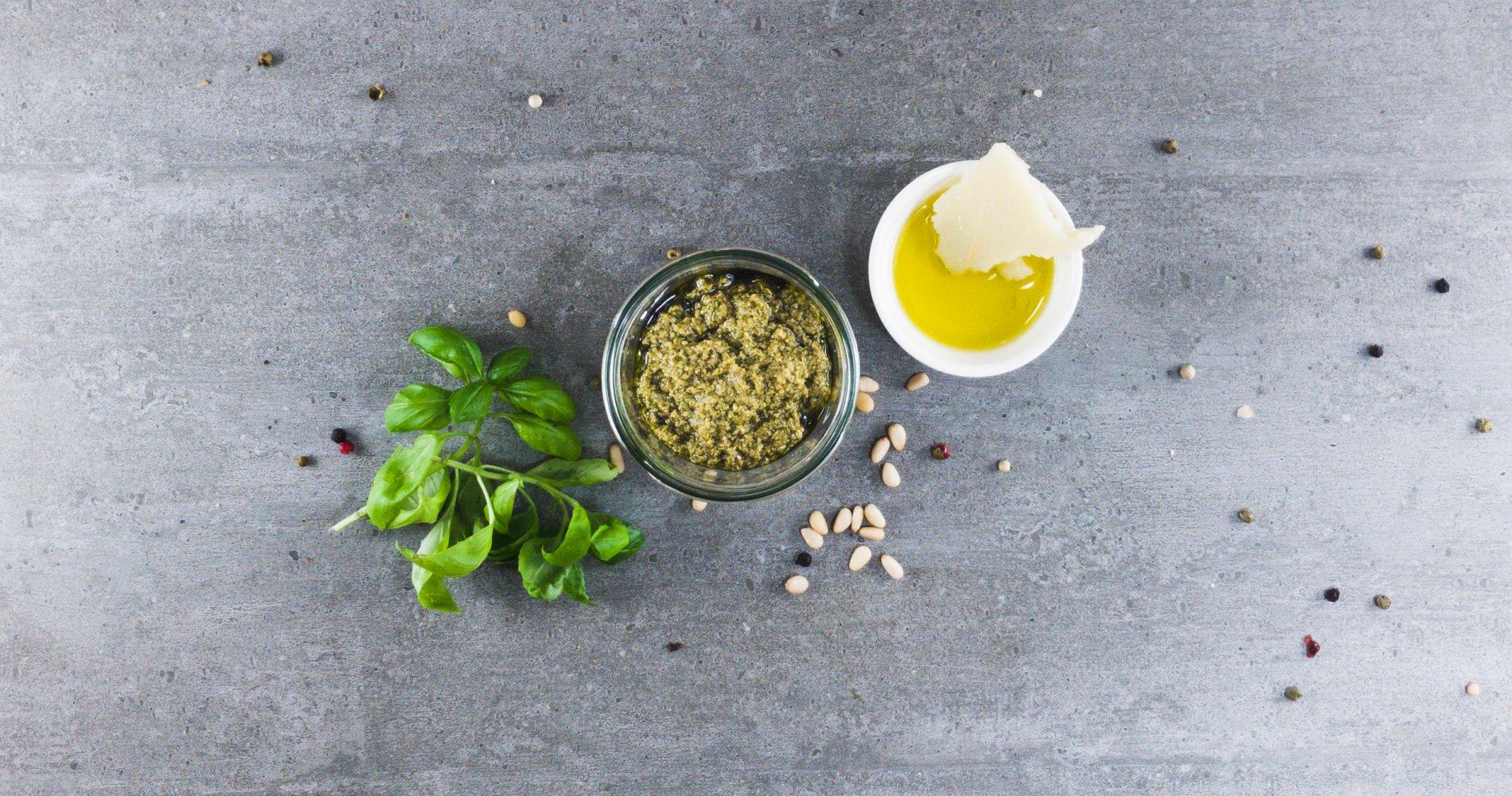 Rezept Low Carb: Original Basilikumpesto - LCHF-gesund.de