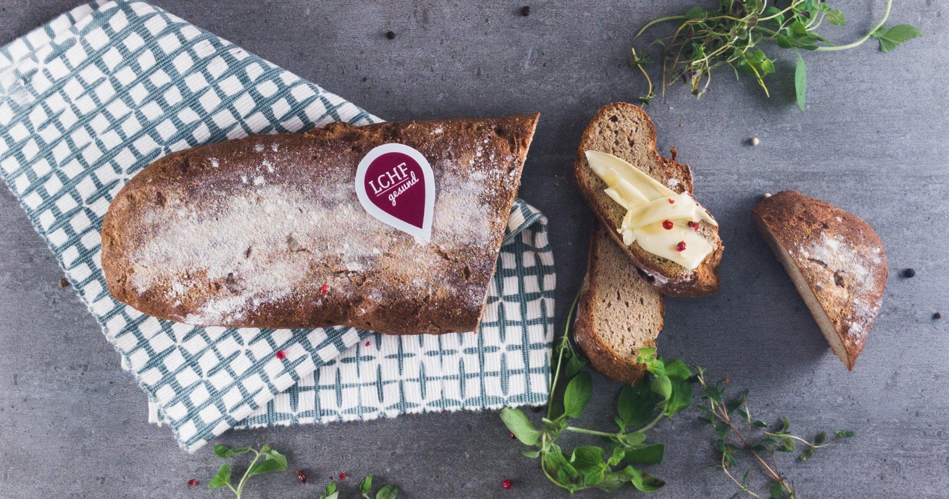 Rezept Low Carb: Farmer-Brot - LCHF-gesund.de