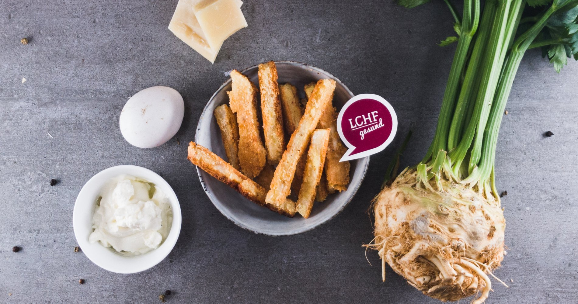 Rezept Low Carb: Sellerie-Parmesan-Sticks - LCHF-gesund.de