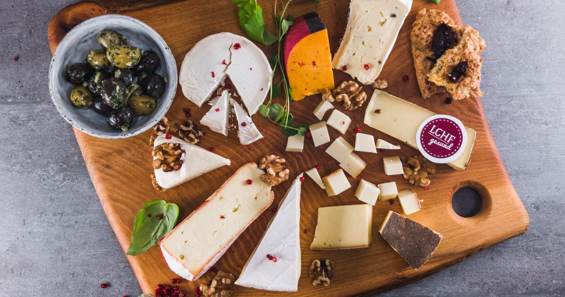Low Carb: Käseplatte - als Hauptgericht, Snack oder Nachspeise