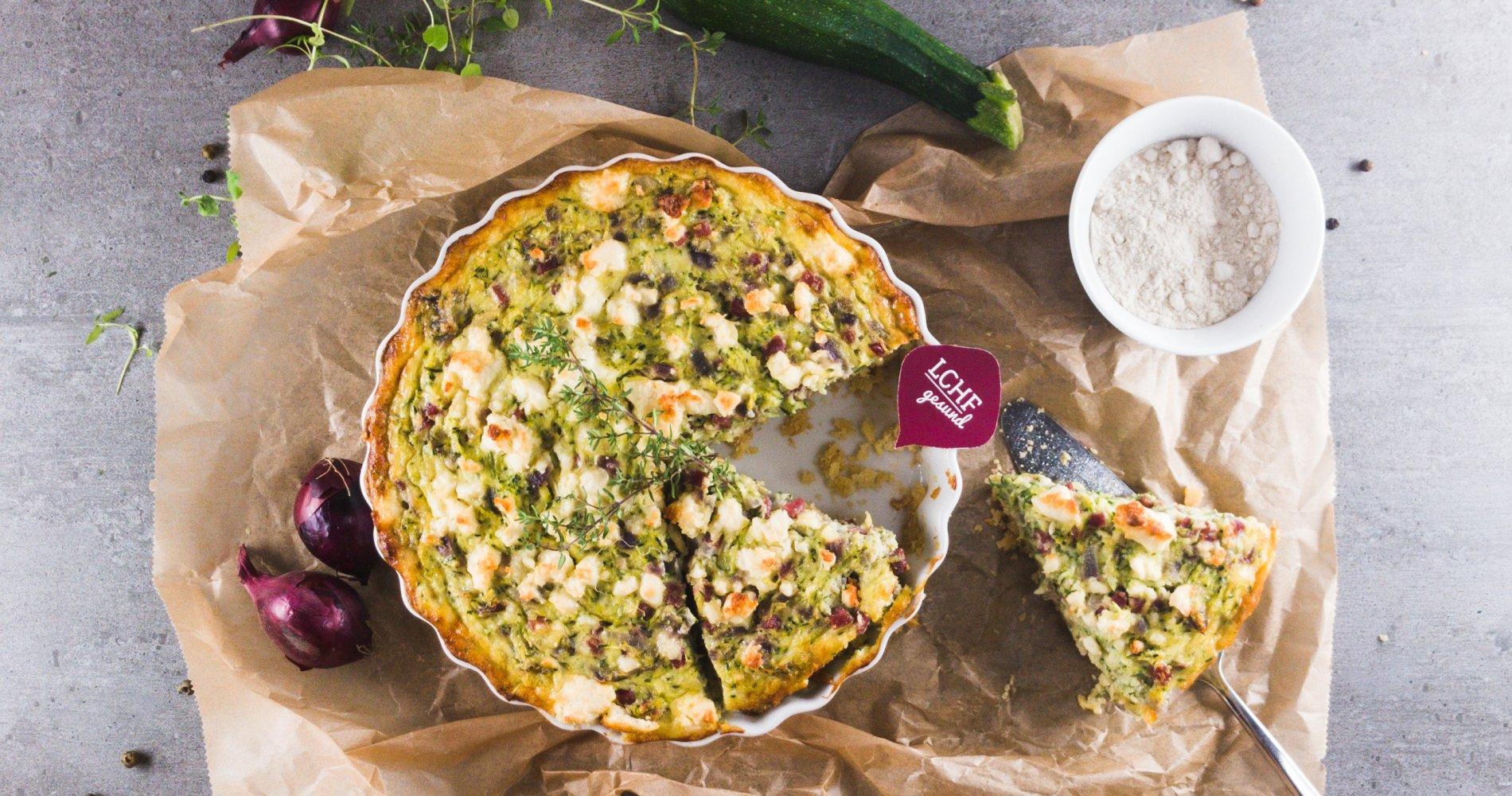 Rezept Low Carb: Herzhafte Zucchini-Quiche - LCHF-gesund.de