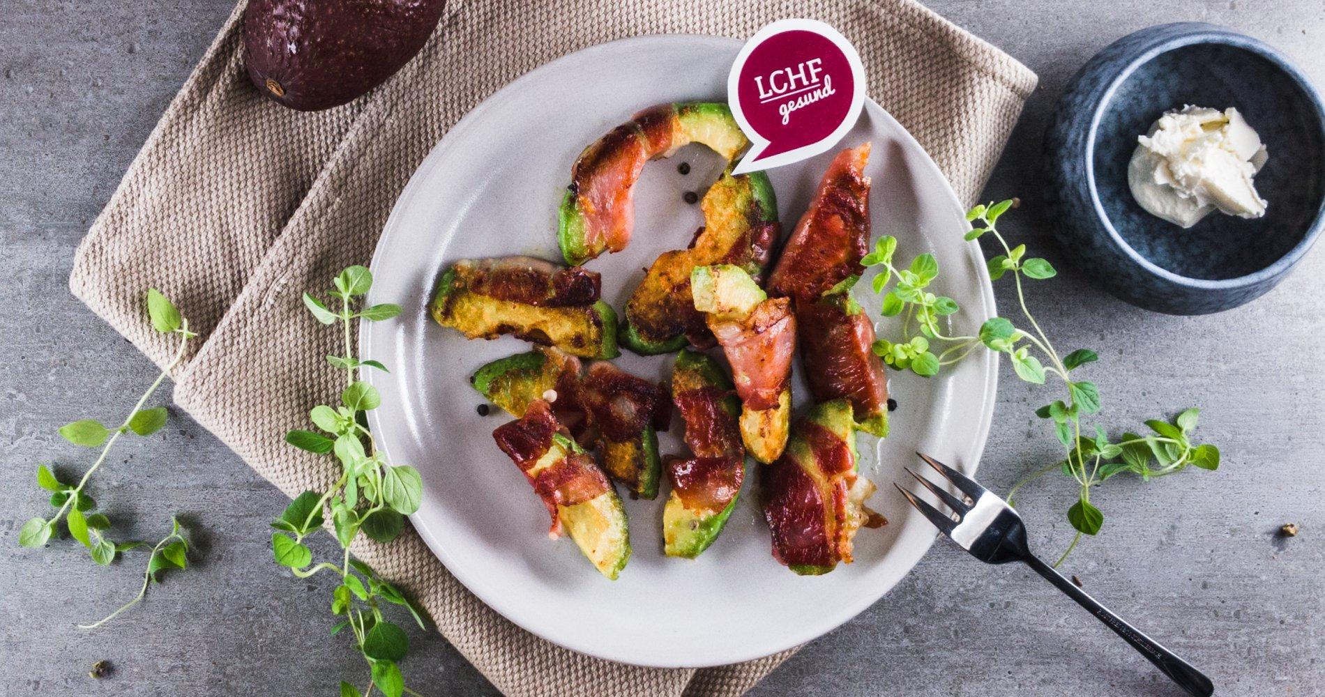 Rezept Low Carb: Knusprige Avocadospalten - LCHF-gesund.de