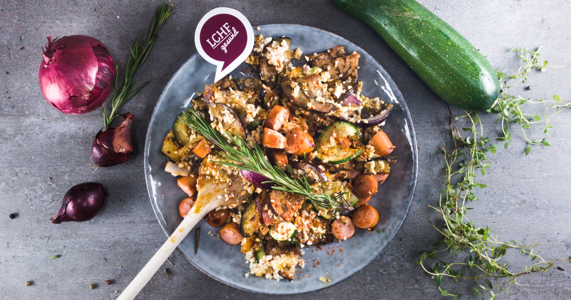 Rezept Low Carb: Gemüse-Wienerle-Pfanne - LCHF-gesund.de