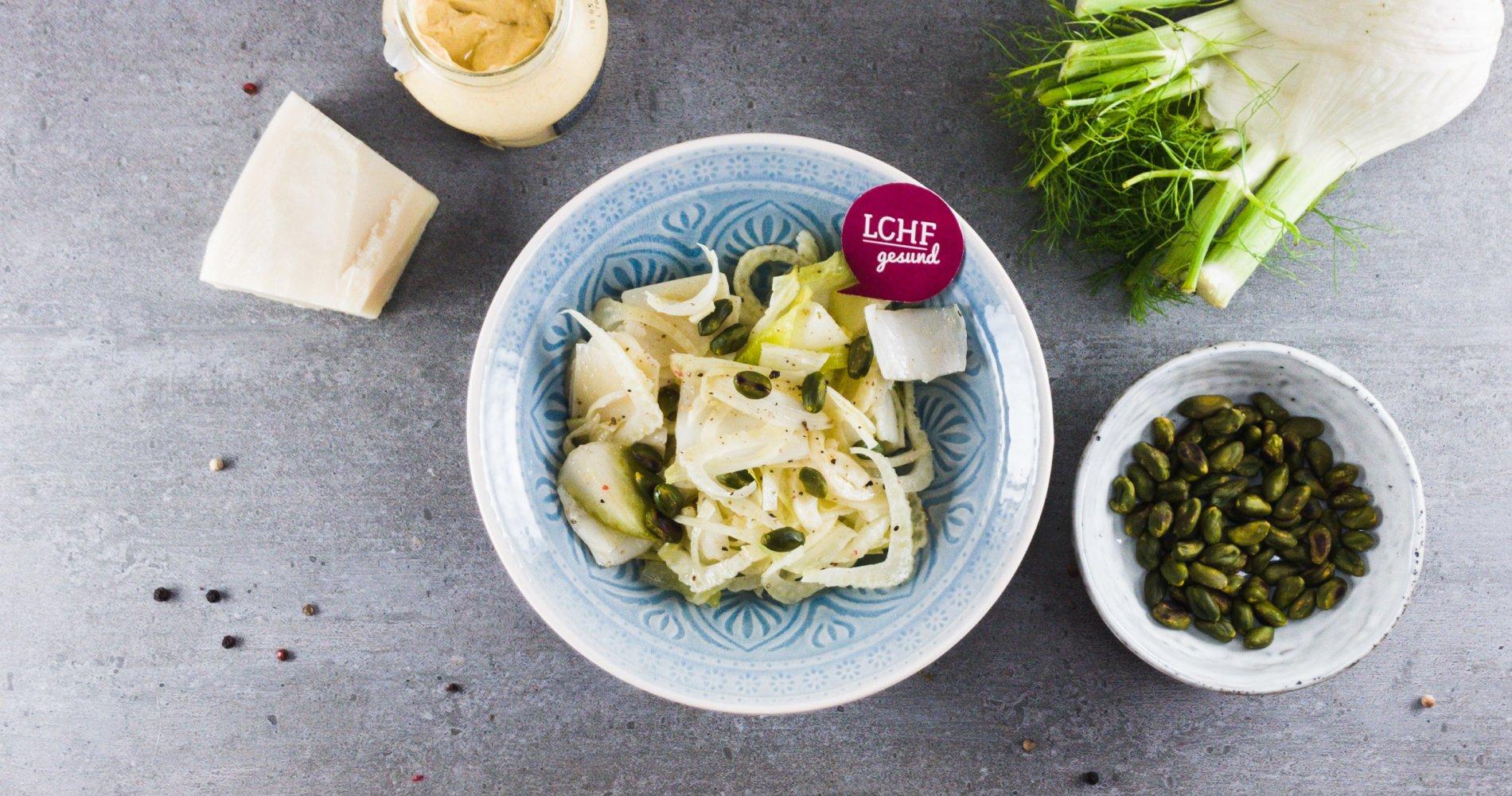 Rezept Low Carb: Fenchel-Chicorée-Salat - LCHF-gesund.de